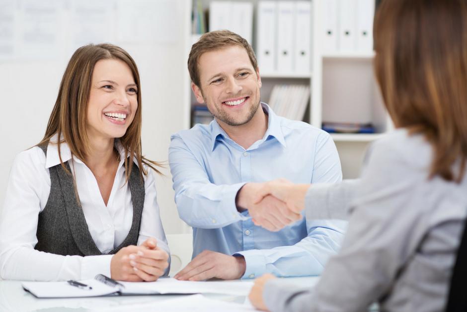 Conserva a tus clientes con una estrategia de fidelización y retención de 5 etapas