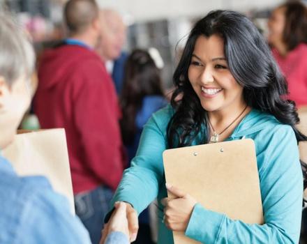 ¿Cómo pueden las ONG atraer y retener a los mejores talentos?